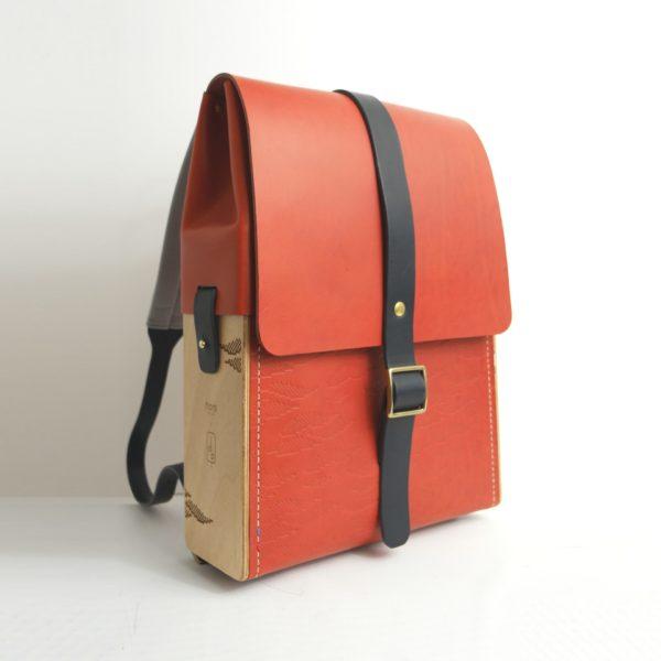 fa68c99809b5 Jacques Porteur - sac à dos en bois et cuir collaboration Hors ...
