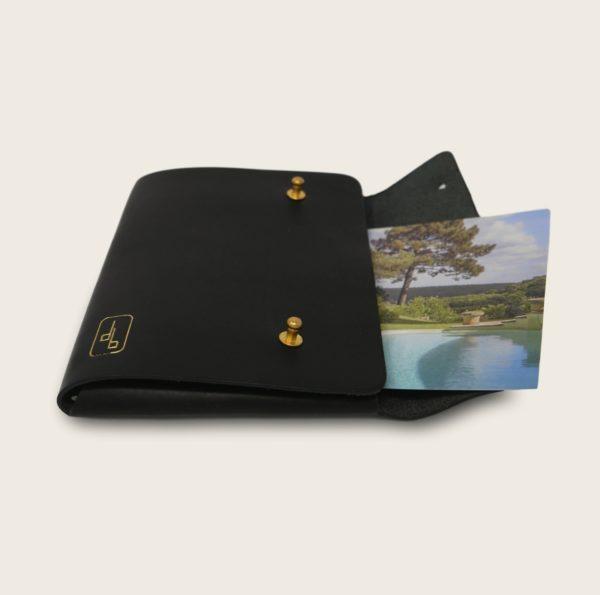 Pochette, chemise pour documents, en cuir naturel à tannage végétal, noir, Le Passeport