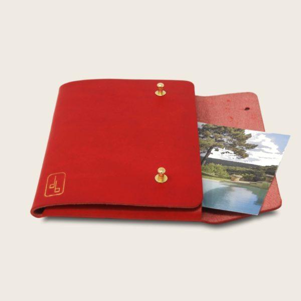 Pochette, chemise pour documents, en cuir naturel à tannage végétal, rouge, Le Passeport