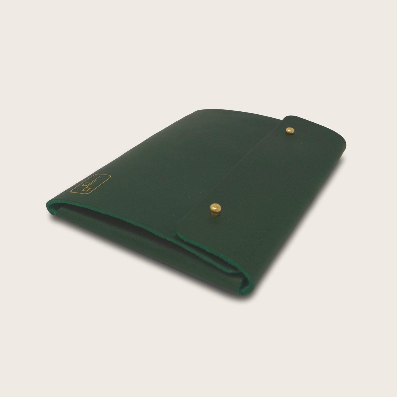 Pochette, chemise pour documents, en cuir naturel à tannage végétal, vert, Le Passeport