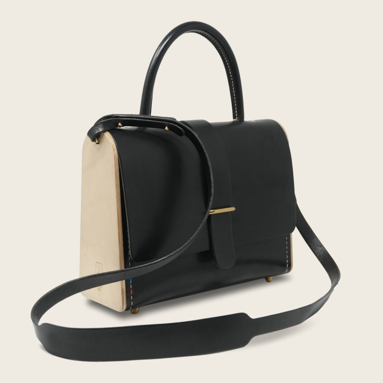 Sac à main féminin en cuir naturel à tannage végétal et bois, noir, La Ninetta