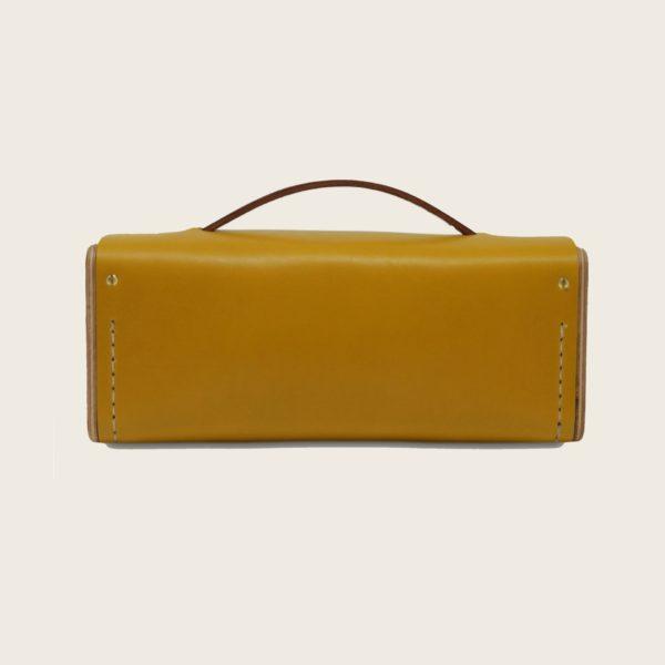 Petit sac bandoulière en cuir naturel à tannage végétal et bois, jaune et marron papaya, Le Minimum +