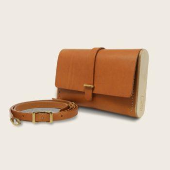 Pochette, petit sac à main, en cuir naturel à tannage végétal et bois, marron whisky, Le Strict Minimum