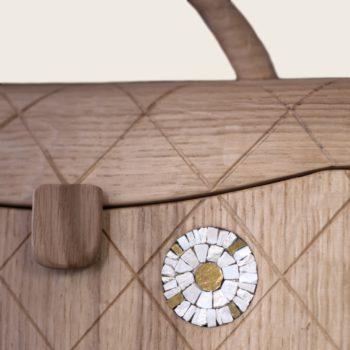 Sac à main en bois, incrusté de mosaïque, pièce unique, collaboration avec Erica Stefani, La Ninetta Bois