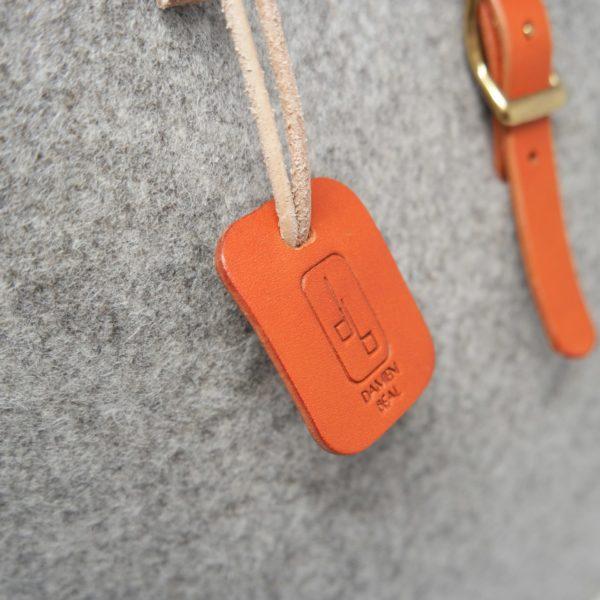 Sac à main cabas, laine pure vierge française et poignée en cuir naturel et bois, collaboration Made in Town et Damien Béal, projet Tricolor, Le Myro