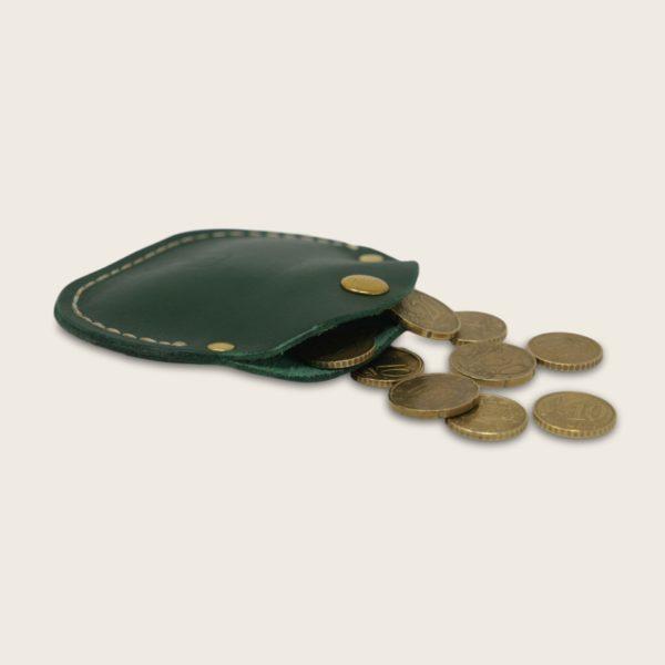 Porte-monnaie, bourse, en cuir naturel à tannage végétal, vert, le Haricot