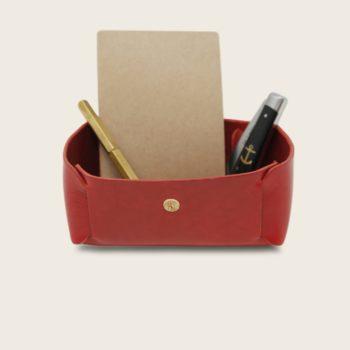 Vide Poche en cuir naturel à tannage végétal, rouge, rangement pour meuble d'entrée ou bureau, Damien Béal