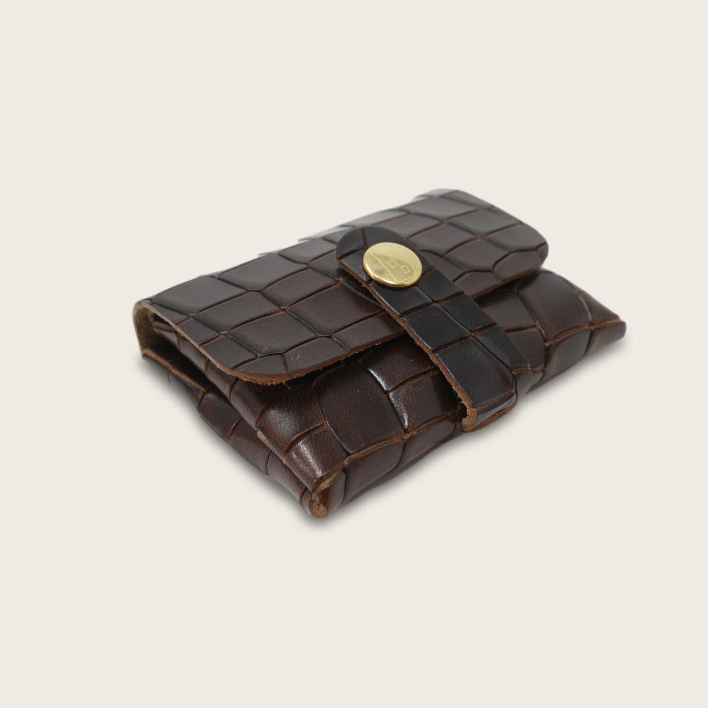 Porte-cartes, porte monnaie, en cuir naturel à tannage végétal, croco marron , deux en un