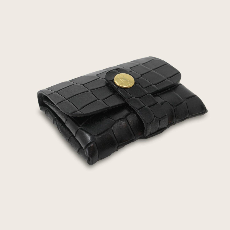 Porte-cartes, porte monnaie, en cuir naturel à tannage végétal, croco noir , deux en un